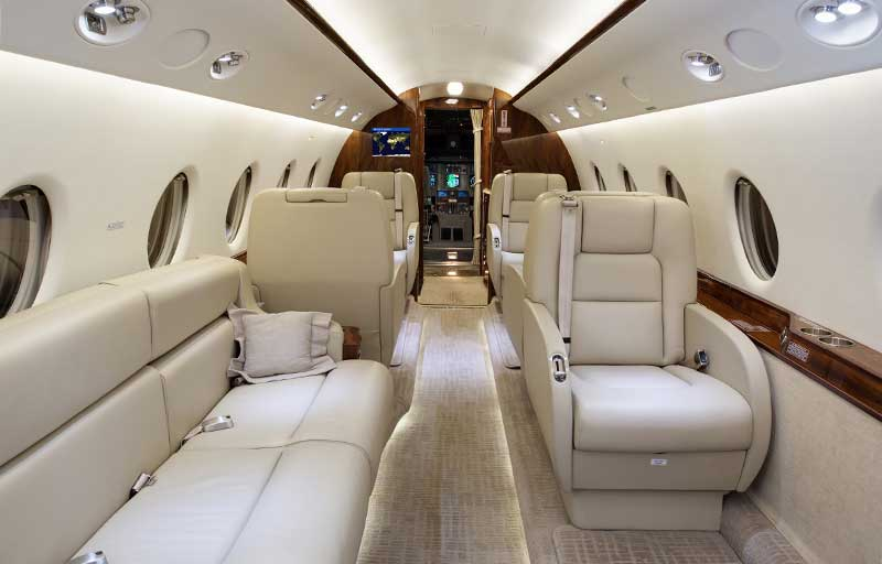 Gulfstream G200 model image /hal/userfiles/images/model-slides/127-3.jpg