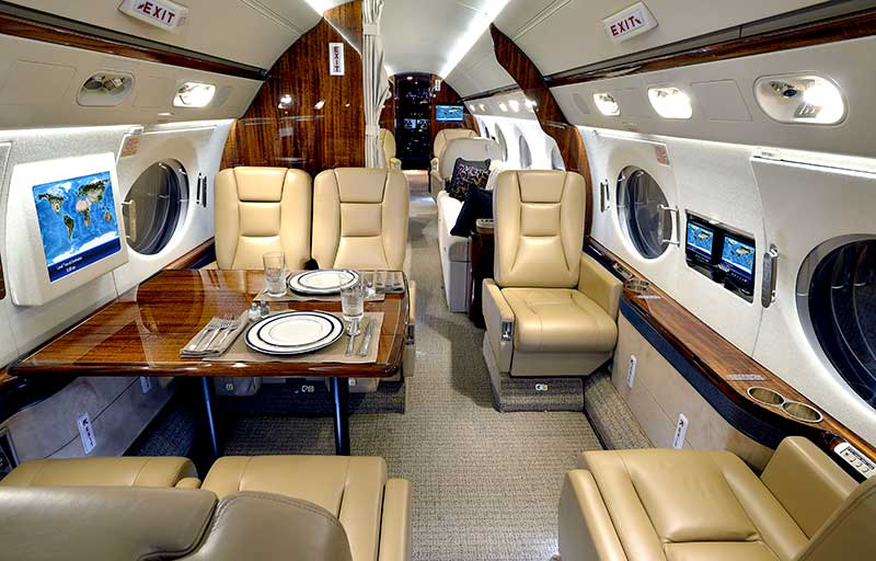 Gulfstream G550 model image /hal/userfiles/images/model-slides/132-3.jpg