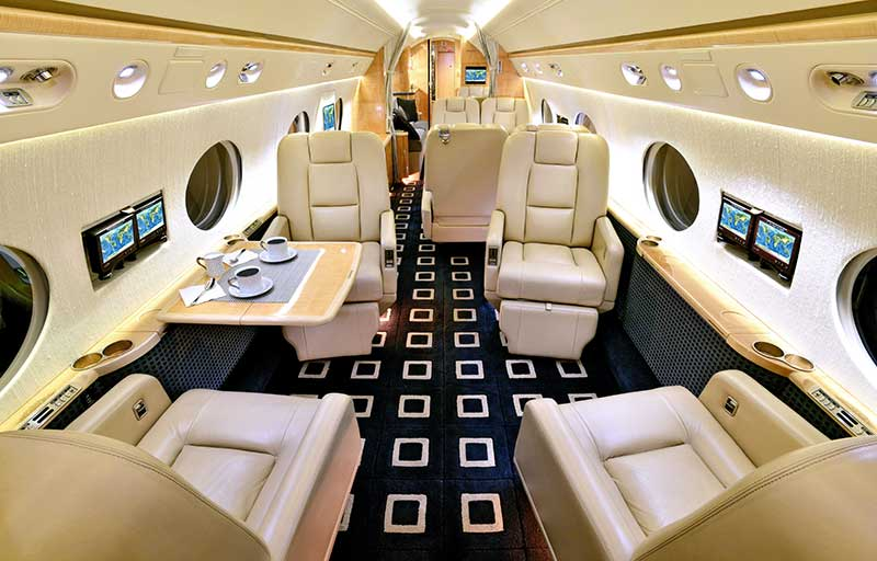 Gulfstream GV model image /hal/userfiles/images/model-slides/137-2.jpg