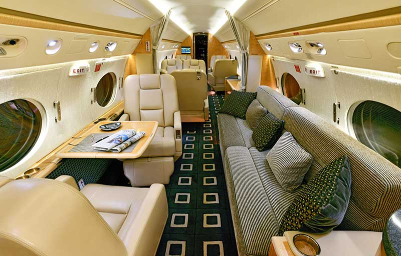 Gulfstream GV model image /hal/userfiles/images/model-slides/137-3.jpg