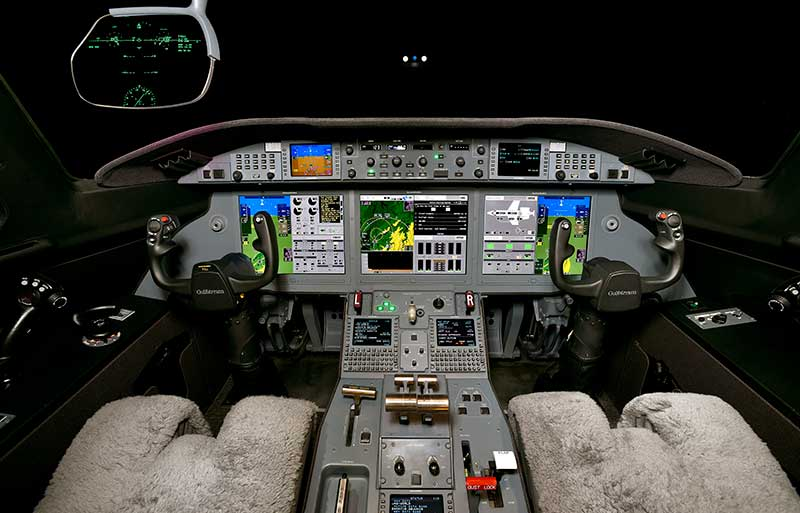 Gulfstream G280 model image /hal/userfiles/images/model-slides/30-1.jpg