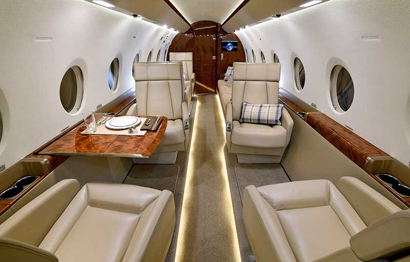 Gulfstream G280 model image /hal/userfiles/images/model-slides/30-2.jpg