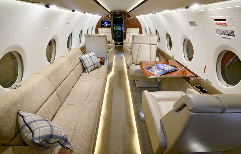 Gulfstream G280 model image /hal/userfiles/images/model-slides/30-3.jpg