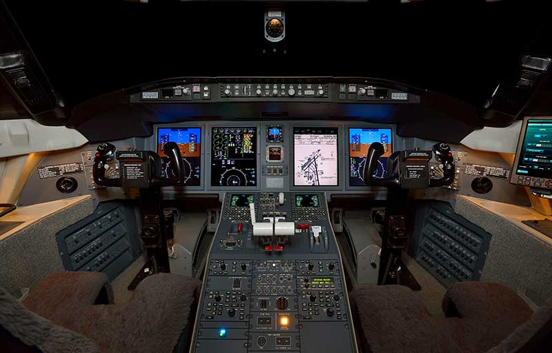 Bombardier CL 605 model image /hal/userfiles/images/model-slides/47-1.jpg