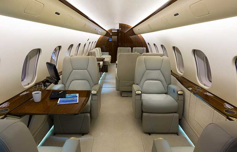 Bombardier Global 5000 model image /hal/userfiles/images/model-slides/49-2.jpg