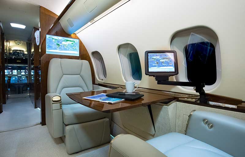 Bombardier Global 5000 model image /hal/userfiles/images/model-slides/49-3.jpg