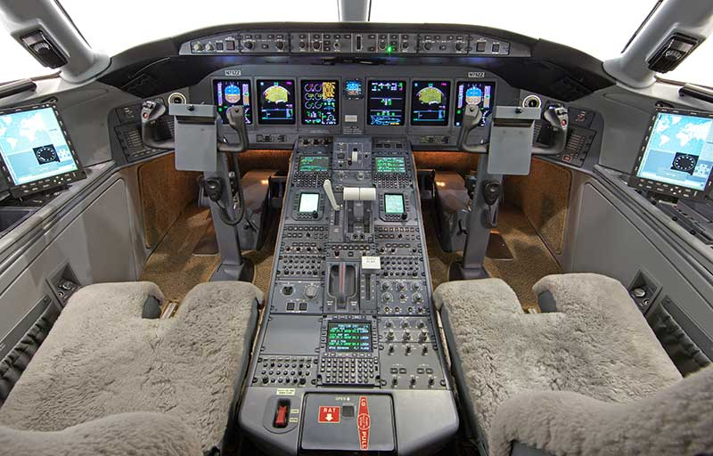 Bombardier Global Express XRS model image /hal/userfiles/images/model-slides/51-1.jpg