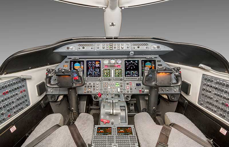 Bombardier Learjet 40XR model image /hal/userfiles/images/model-slides/55-1.jpg