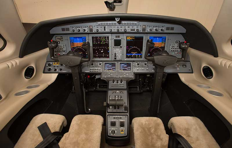 Cessna CJ4 model image /hal/userfiles/images/model-slides/77-1.jpg