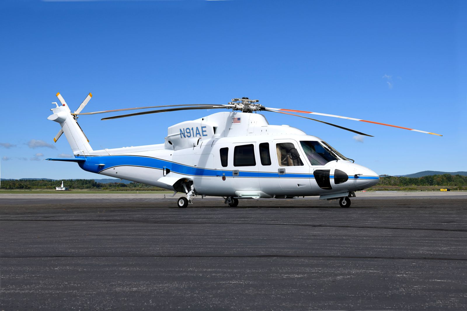 Sikorsky S76C+  S/N 760552 for sale | gallery image: /userfiles/files/specifications/S76Cplus760552/ext3c_300.jpg