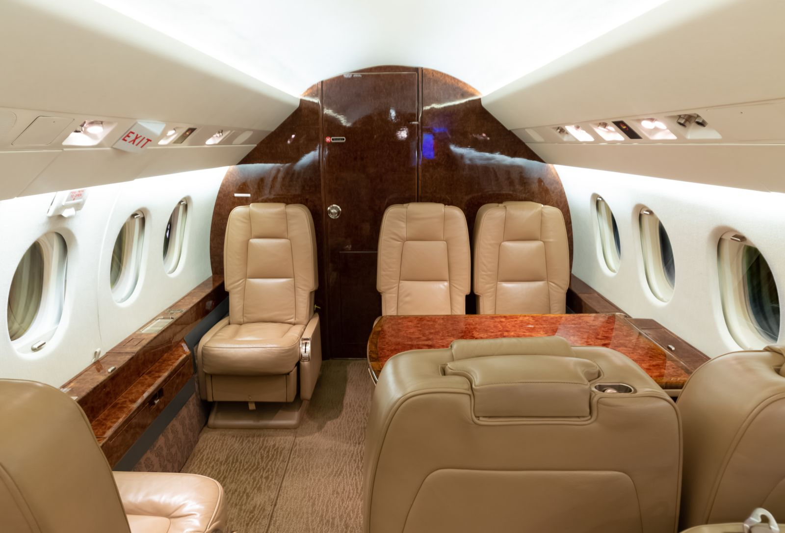 Dassault Falcon 2000  S/N 60 for sale | gallery image: /userfiles/images/F2000_sn60/aft%20aft.jpg