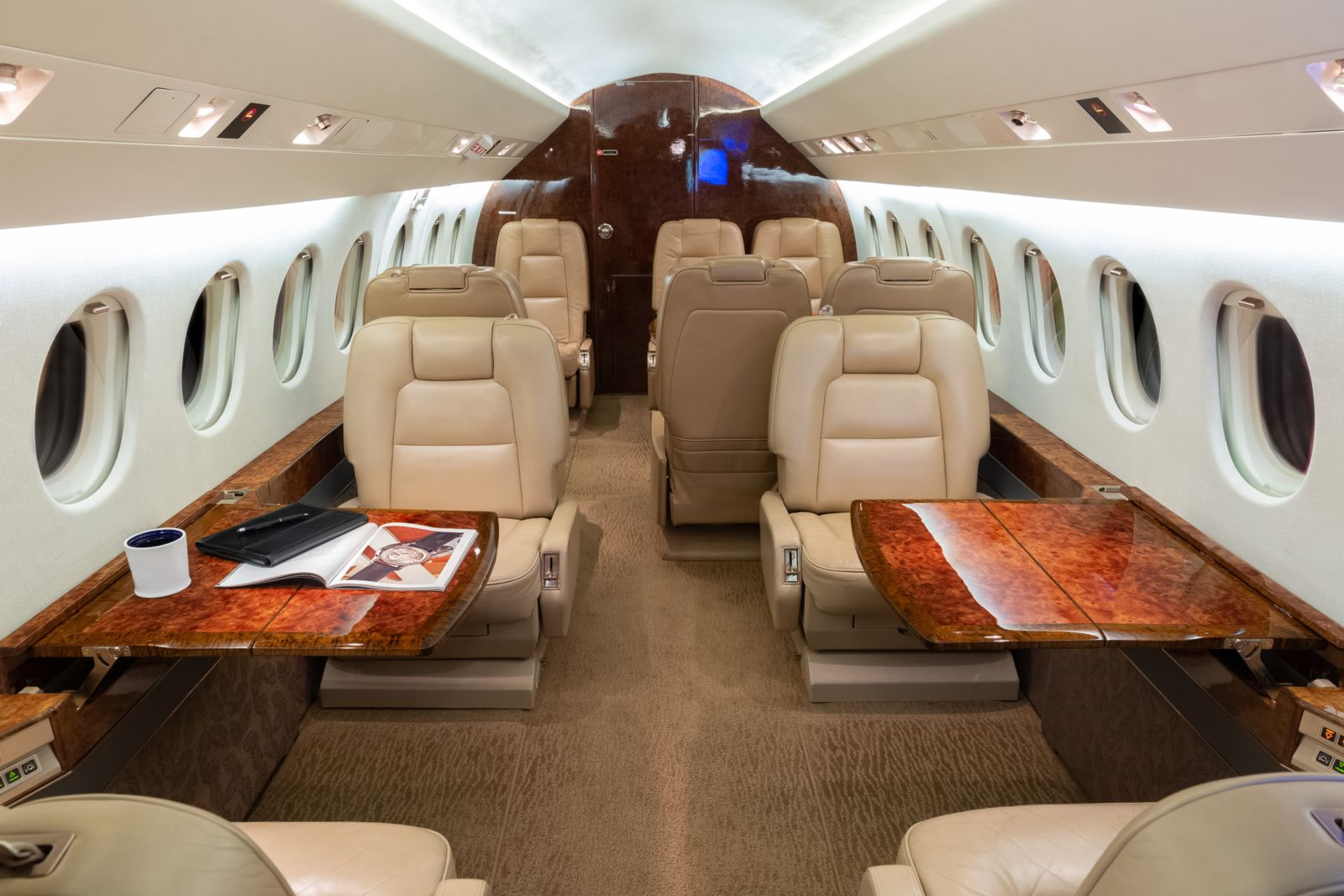 Dassault Falcon 2000  S/N 60 for sale | gallery image: /userfiles/images/F2000_sn60/fwd%20aft.jpg