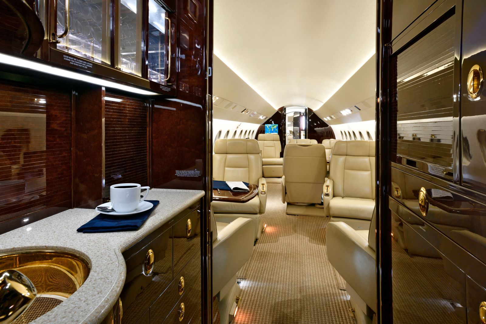 Dassault Falcon 900EX EASy  S/N 229 for sale | gallery image: /userfiles/images/F900EXy_sn229/fwd%20galley.jpg