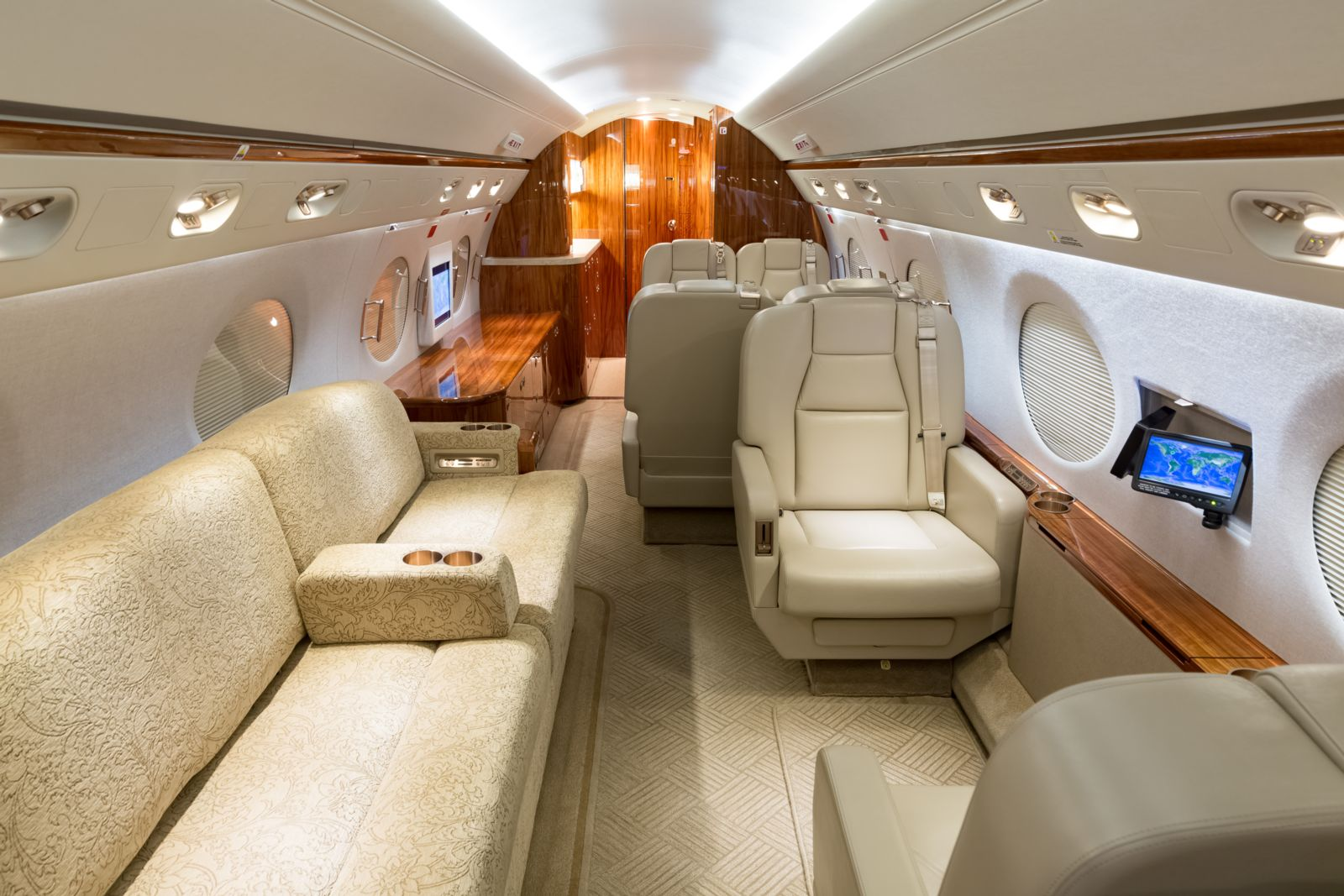 Gulfstream G450  S/N 4127 for sale | gallery image: /userfiles/images/G450_4127/mid%20aft.jpg