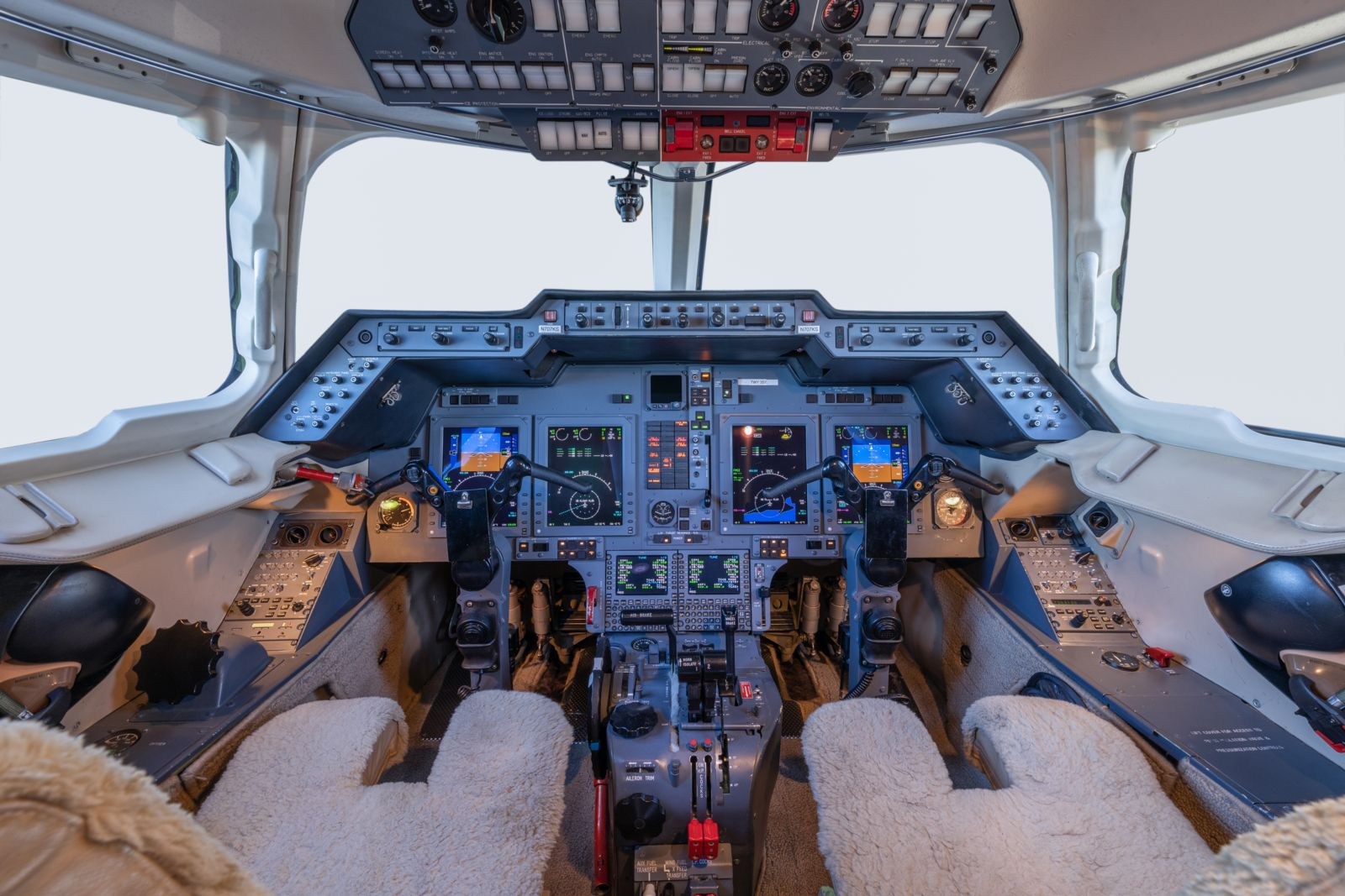 Hawker/Textron 800XPi  S/N 258729 for sale | gallery image: /userfiles/images/Hawker800XPi_sn729/avionics.jpg