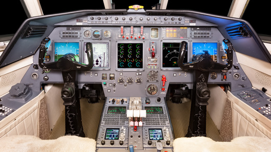 Dassault Falcon 50  S/N 55 for sale | gallery image: /userfiles/images/aircraft-listing/F50_SN55/cockpit.jpg